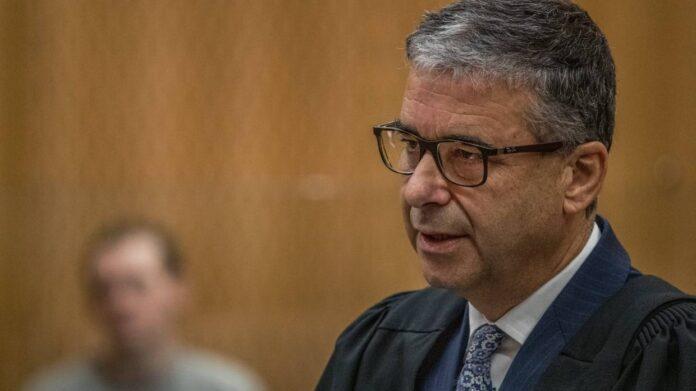 Jaksa penuntut Mark Zarifeh mengatakan di pengadilan bahwa pria bersenjata itu, Brenton Tarrant, tidak diragukan lagi adalah