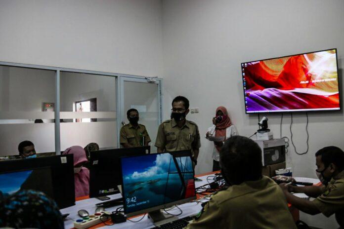 Dinas Komunikasi dan Informatika (Diskominfo) Kabupaten Kulon Progo menggelar Bimbingan Teknik (Bimtek) terkait pelatihan jurnalistik, konten web desa, serta regulasi dan dokumentasi pemerintah desa se-Kulon Progo. Kegiatan berjalan dari tanggal 15 sampai 18 September 2020.