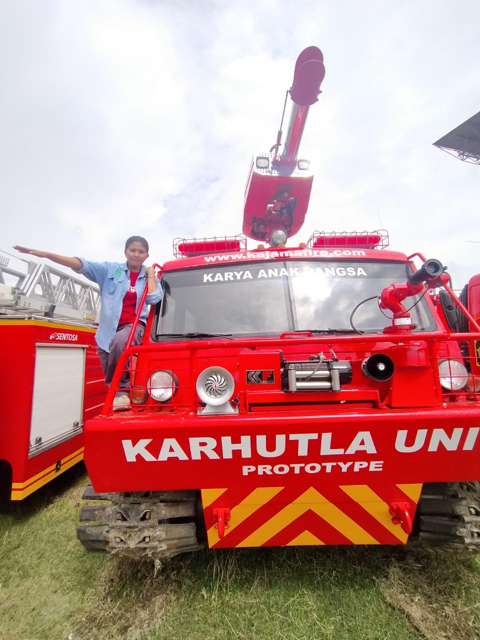Mobil pemadam kebakaran untuk pemadaman kebakaran hutan. (Foto: Suryayogya.com/Gaga Sallo)