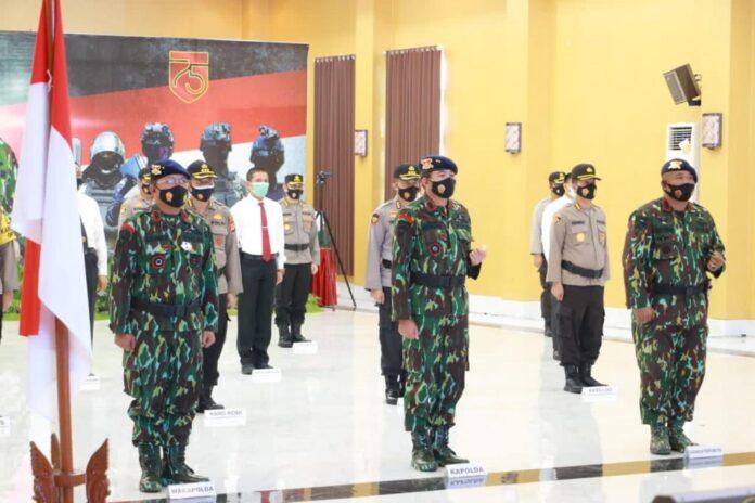Kapolda DIY Irjen. Pol. Drs. Asep Suhendar M.Si. menghadiri pembinaan tradisi ke-75 Korps Brimob Polri Tahun 2020.