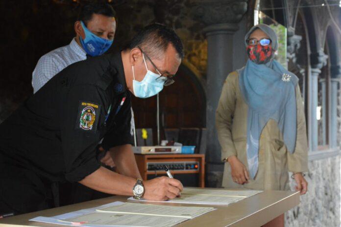 Wujud komitmen ekosistem digital di Pasar Prawirotaman Pemkot Yogyakarta melakukan penandatanganan kerjasama antara Pemerintah Kota Yogyakarta dengan Bank Pembangunan Daerah (BPD) DIY.