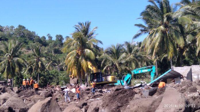 Pencarian korban Banjir Bandang di Kabupaten Flores Timur dan Kabupaten Alor pada hari kemarin telah memasuki hari ke tujuh dan dikeluarkan persetujuan diperpanjang tiga hari lagi.
